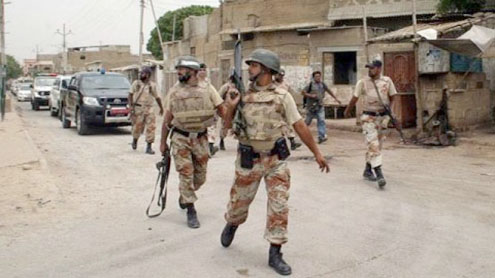 Rangers arrest 30 suspects in Lyari operation