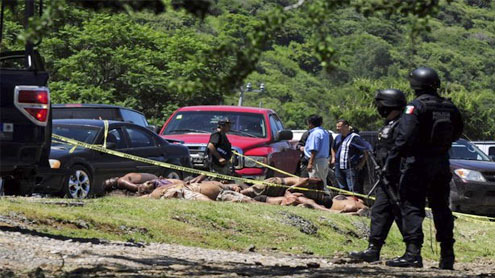 17 mutilated bodies found in central Mexico