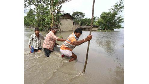Floods, landslides displace 1m in India