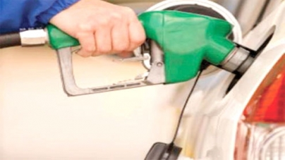 Govt approves cut in petrol, hike in diesel price