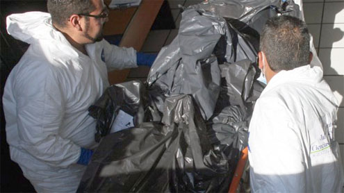 Mexican police find 16 bodies in van in Guerrero state