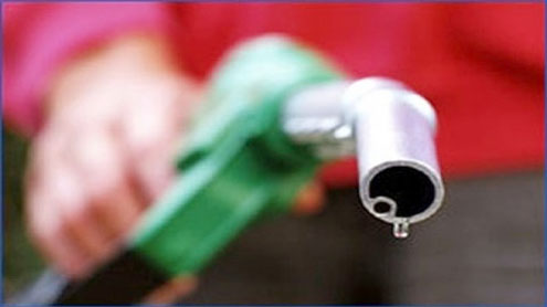 Petrol price goes up by Rs 6.82, CNG Rs 6.32