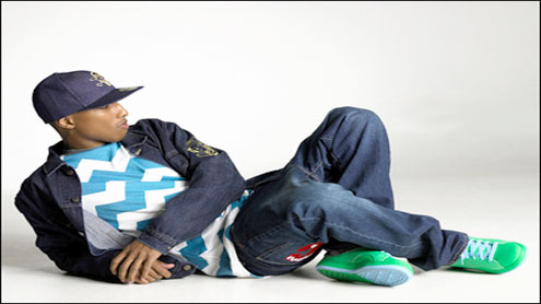 Pharrell Williams admires Beckham's style