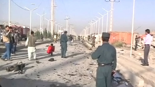 Afghanistan suicide bomber hits foreigners on Kabul bus