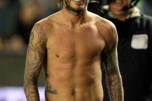 David_Beckham_Shirt_Off