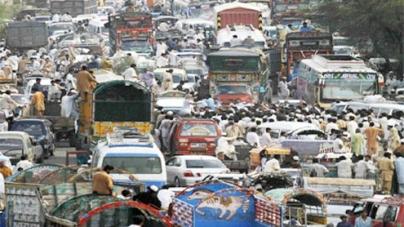 Pakistan's largest car parking plaza remains largely empty