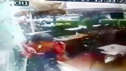 Restaurant camera captures deadly Beirut bombing