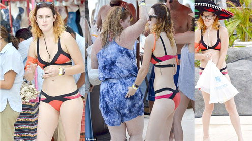 Rumer Willis at Cancun pool party