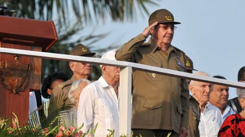 Cuba leader Raul Castro says island 'hard hit' by Sandy