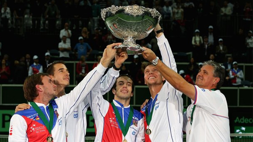 Czechs down Spain 3-2 to win Davis Cup