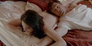 Lindsay Lohan does not get nude during steamy scenes in Liz & Dick while playing Elizabeth Taylor
