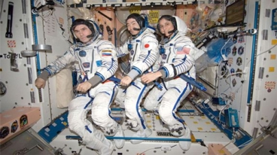 Soyuz Spacecraft Makes Rare Night Landing with Station Crew