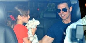 Suri Cruise FINALLY reunites Tom Cruise months apart jets UK Thanksgiving