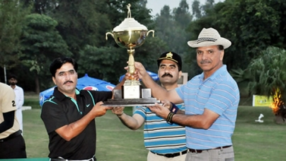 M.Tariq's excellence gets him Punjab Open Golf Title 2012