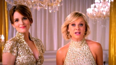 Hosts Tina Fey and Amy Poehler shimmer in sequins in 'classic Hollywood' style promo for Golden Globe awards