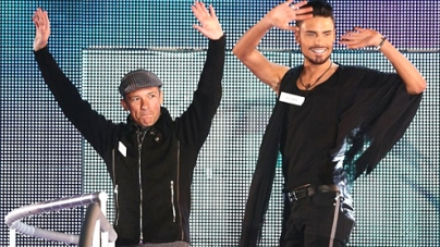 Big Brother 2013 Celebrities Frankie Dettori and Rylan Clark Get Surrounded by Women