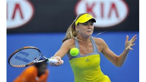 Sharapova shakes rust by roughing up local boys