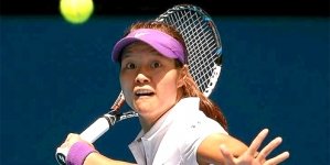 UPDATE 1-Tennis-Li rediscovers grand slam magic to make semis