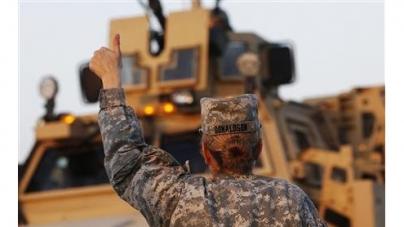 U.S. to lift ban on women in front-line combat jobs