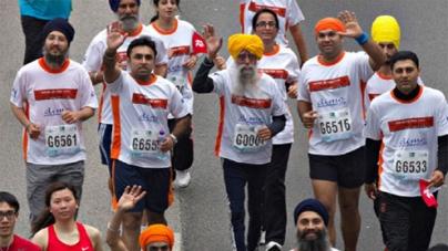 101-year-old marathon runner shines at last race