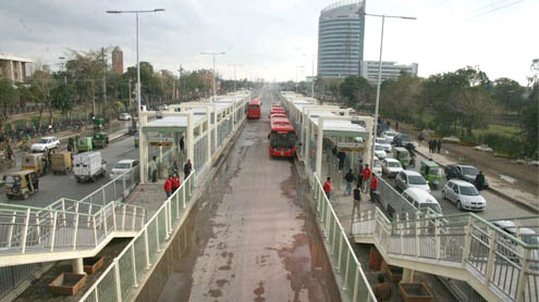 Metro bus project a glorious example of Pak-Turk friendship