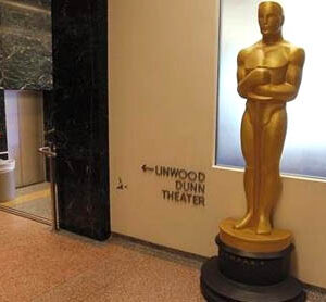 "Oscar ""losers"" to go home with $45,000 gift bags"