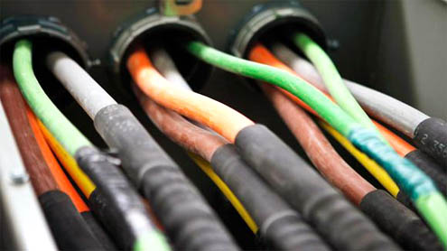 Cable cutters cause Mideast Net loss