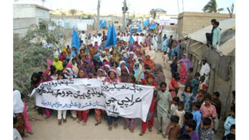 Coastal community rallies against sale of islands