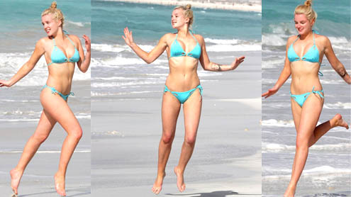 Helen Flanagan proves she's mastered the art of slow mo bikini running on holiday in Dubai