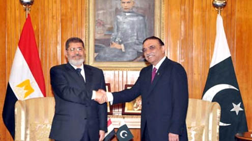 Pakistan, Egypt agree to further expand commercial, trade ties