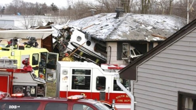 Plane Crashes Into South Bend, IN, Neighborhood