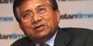 Shoe thrown at Musharraf amid bail extension