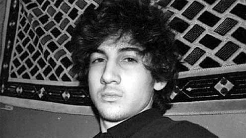 Boston bomb suspect captured, brother killed