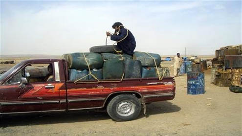 Iran sanctions spur boom for Pakistani diesel smugglers