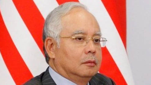 Malaysian PM Najib Razak paves way for general election