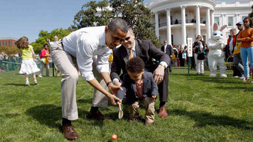 Thousands Turn Out for White House Easter Egg Roll