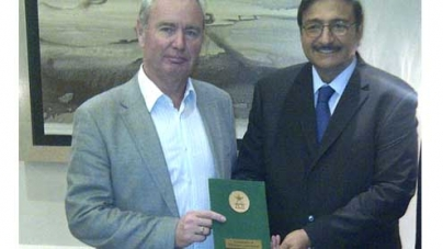 Zaka presents new PCB constitution to ICC president