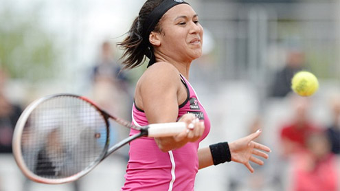 Heather Watson falls at first hurdle in French Open singles