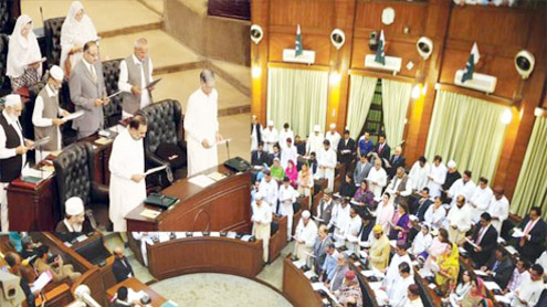 Newly elected MPAs of KP Assembly sworn in, sign register