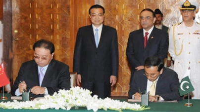 Pakistan, China ink accords on Economic Corridor Plan, maritime cooperation