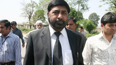 Prosecutor in Benazir murder case shot dead