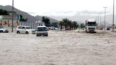 Rain drenches region, 16 dead in Saudi Arabia