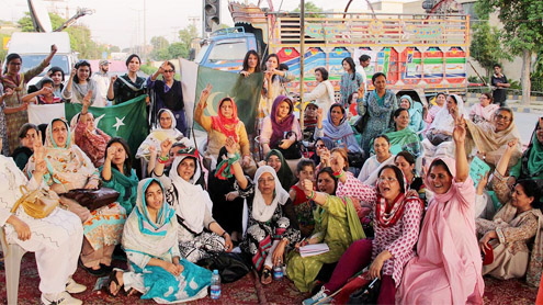Sit-in by PTI supporters enters 6th day in Lahore