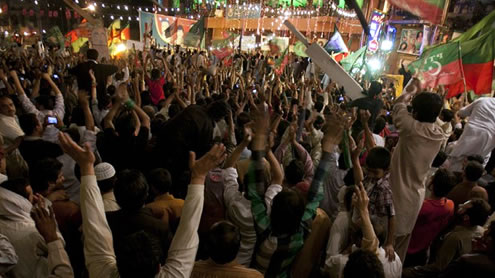 protesters demonstration in karachi