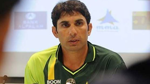 Misbah angry at Ramdin over 'catch'