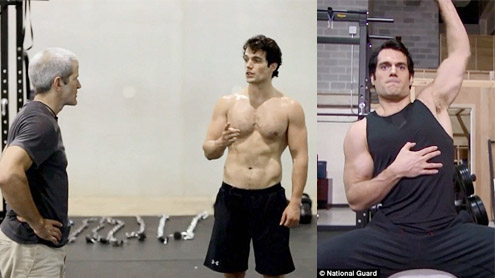 Superman Henry Cavill flexes muscles in workout video
