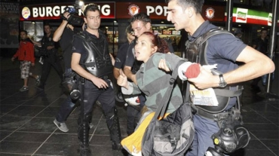 Thousands take to streets in Turkey, clash with police