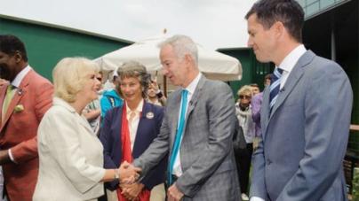 Three Wimbledon pundits meet Duchess before broadcast