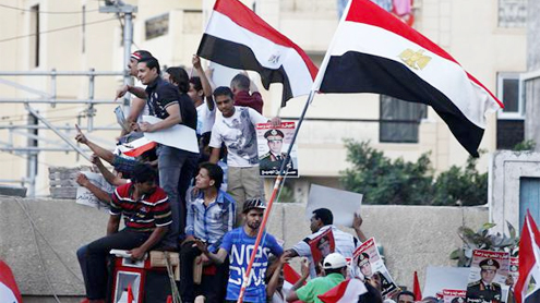 Egyptian PM deadlock drags on, massive protests continue
