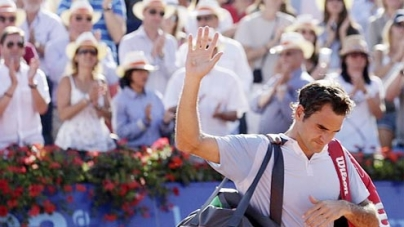 Federer suffers another shock defeat